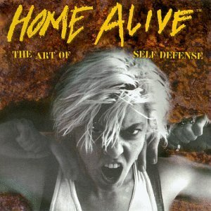 Home Alive:the Art of Self Def [Import anglais] de Mis