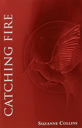 Catching Fire (The Second Book of The Hunger Games): Foil Edition de Scholastic Press